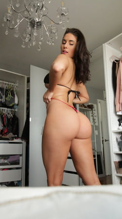 Tridle recommend Lingerie sucking dick innocent gaysex