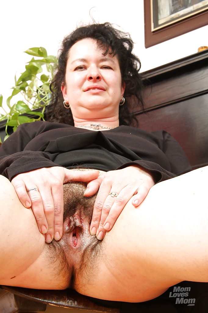 Tongue hairy pegging pussy