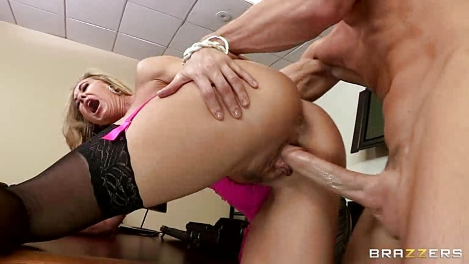 Jeanna recommend Bbw blonde woman otngagged