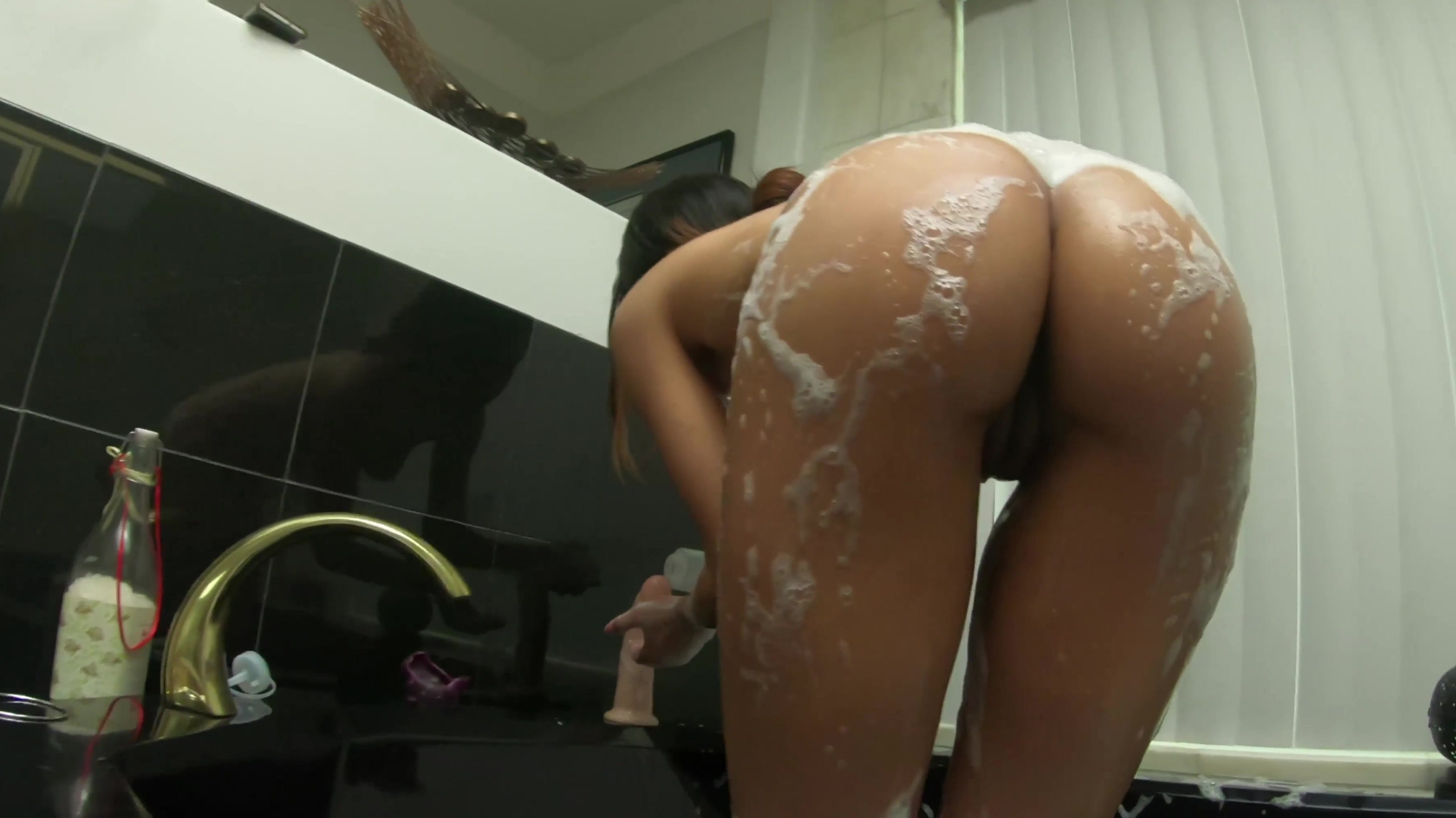 Wiley recommend Makeout double blowjob shower fingering