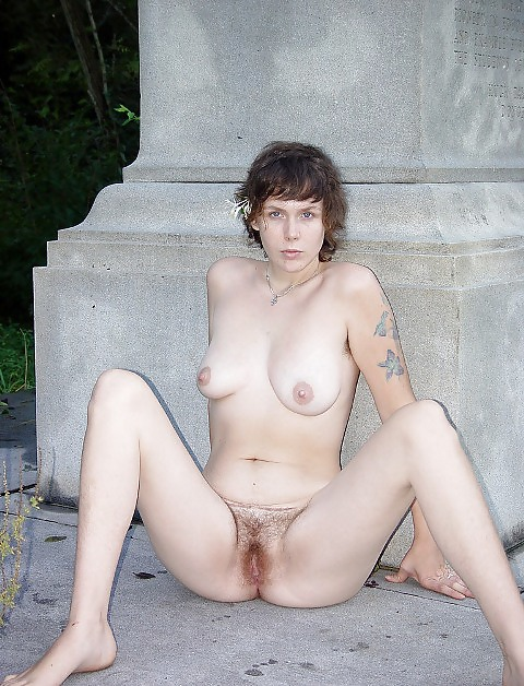 hairy outdoor Solo licking